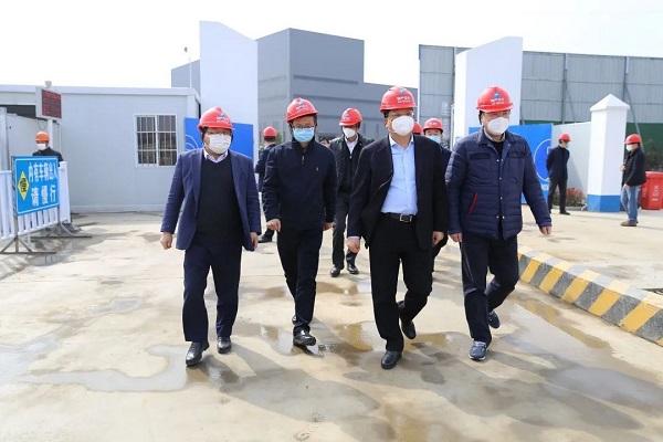 王琴英、王挺革一行赴德清物产中大线缆智能制造基地等项目调研复产达产工作